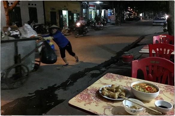Eetzicht 040616 1901 Ninh Binh IMG_8802