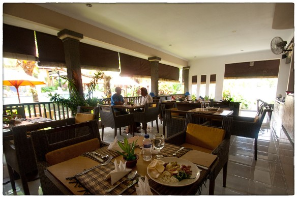 Eetzicht 120315 1417 Natya Hotel Tanah Lot_HDC7220