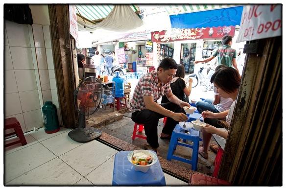 Eetzicht 122 Hanoi 05053 1407 hoa quả đậm _IND7638