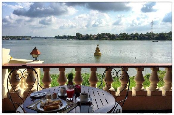 Eetzicht 230416 0854 Chau Doc, Vietnam, Victoria hotel IMG_7548