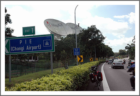 satelliet-singapore.jpg