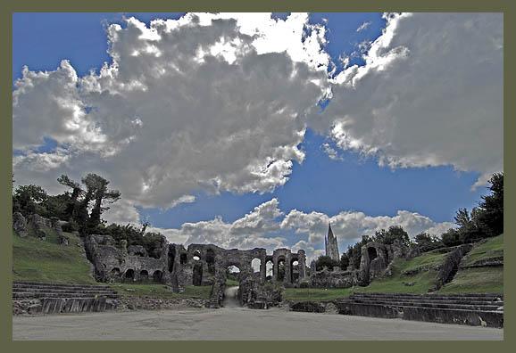 Romeinse arena, Saintes