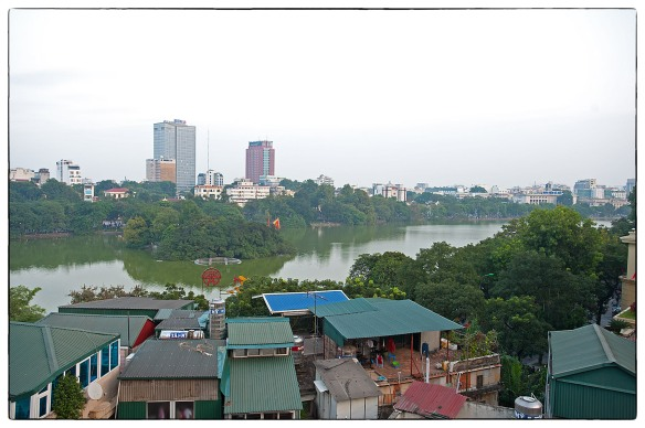 Waakzicht 181114 Hanoi k703_IND9865