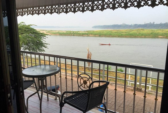 Waakzicht 280316 0711 Pak Khat Khong Kam Khoun Hotel k107 IMG_6760