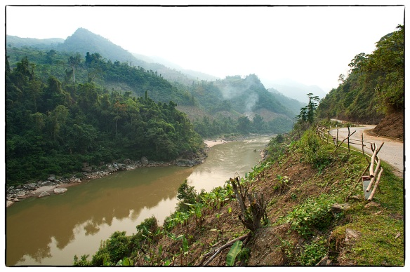 The Black River (Sông Đà, from đà 'dark-brown')  in the North-Vietnamese district Lai Châu, where it forms part of the border with Điện Biên District. |  April 2013