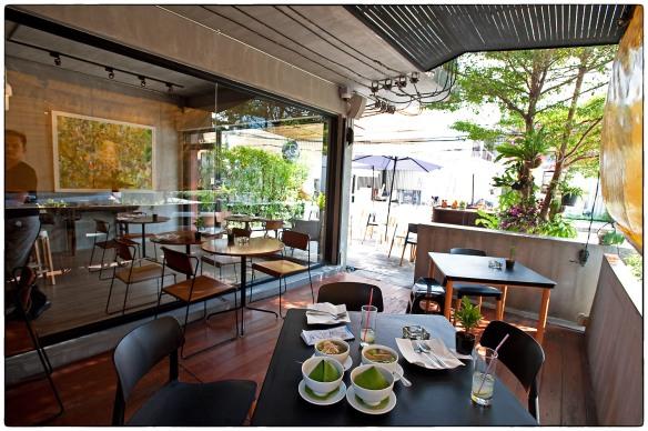 Eetzicht 211214 1348 Gallery Cafe Bangkok_HDC0472