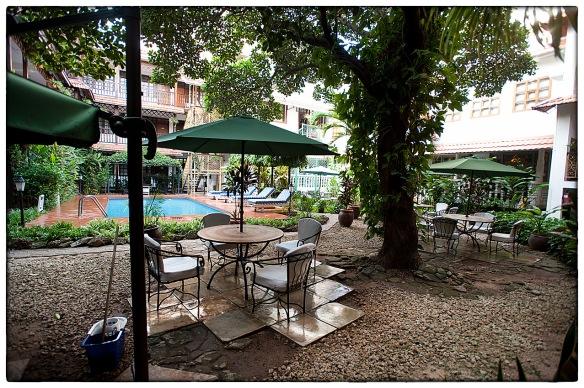 Waakzicht 04062015 0733 Protea Hotel Courtyard Dar es Salaam k109_HDC0532