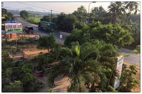 Waakzicht 150516 0629 Thị Trấn Bổng Sơn, Khách Sạn Châu Phương (European local hotel) I k401 IMG_8153