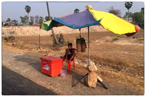 Winkeltje spelen Cambodja IMG_7389