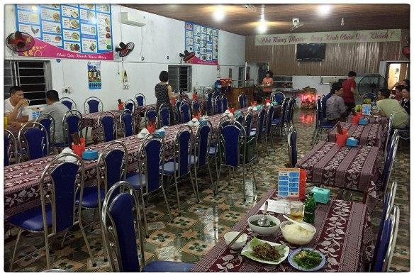 Eetzicht 270516 1924 Nhà Hàng Phương Long (Restaurant De Draak) Ky Anh IMG_8569