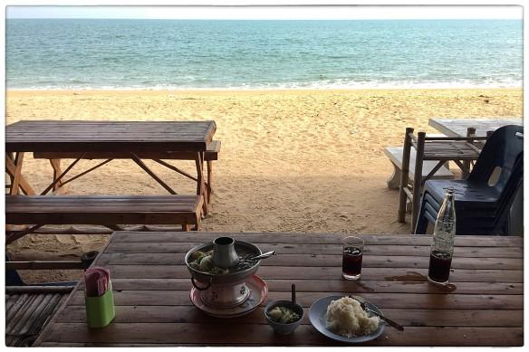 eetzicht-221216-1234-platala-seafood-amphoe-thap-sakae-thailand-img_9516