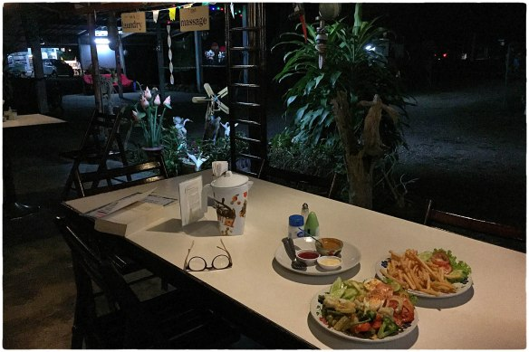 eetzicht-301216-1950-wasana-resort-ban-bang-ben-ranong-img_9624